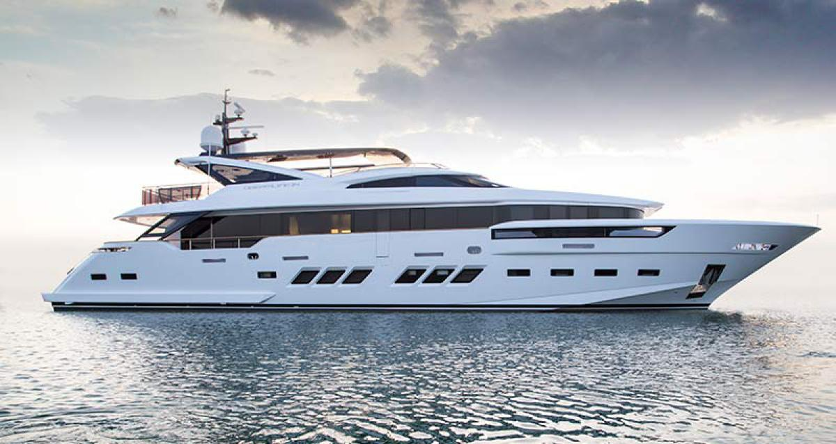 Dreamline 34M: An Exquisite Beauty