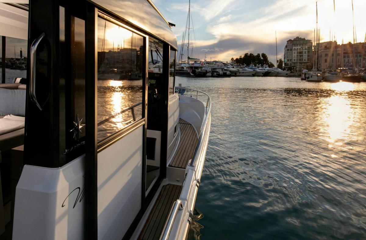 Jeanneau winner of the Motor Boat Awards 2020
