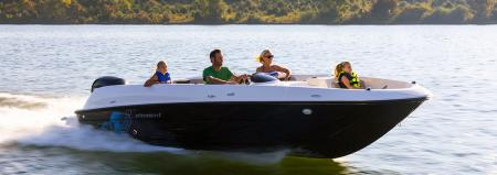 Meet the newest addition to the Bayliner Element line: new Bayliner Element E21