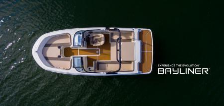 Meet Bayliner's newest bowrider, Bayliner VR4