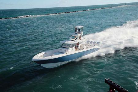 Everglades 435 Center Console: One of the safest boats in the world