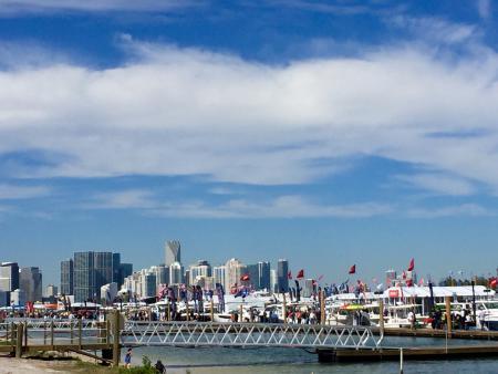 view 2016 Miami International Boat Show
