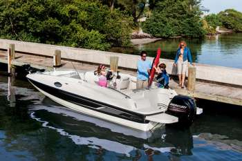 Deck Boat 210
